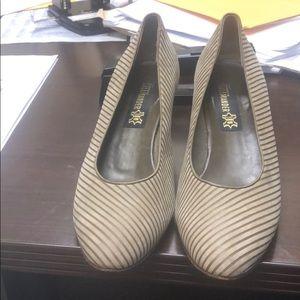 Striped kitten heels-retro look!